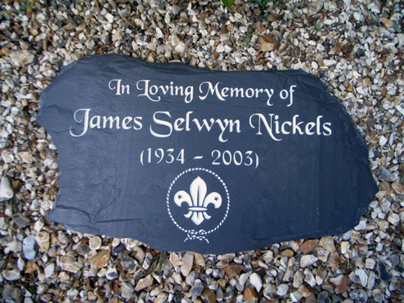 memorial plaques for gardens