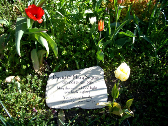 natural memorial plaque